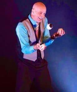 bob cates Juggler Comedian