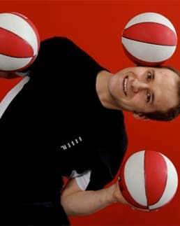 Robin Chestnut Juggler Comedian