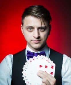 Magician Yan Markson